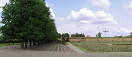 In Terezin: Jewish graves and Fortifications in the background
